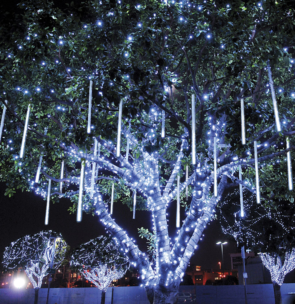 Dekra lite snowfall lighting dekra lite commercial Outdoor christmas tree photos