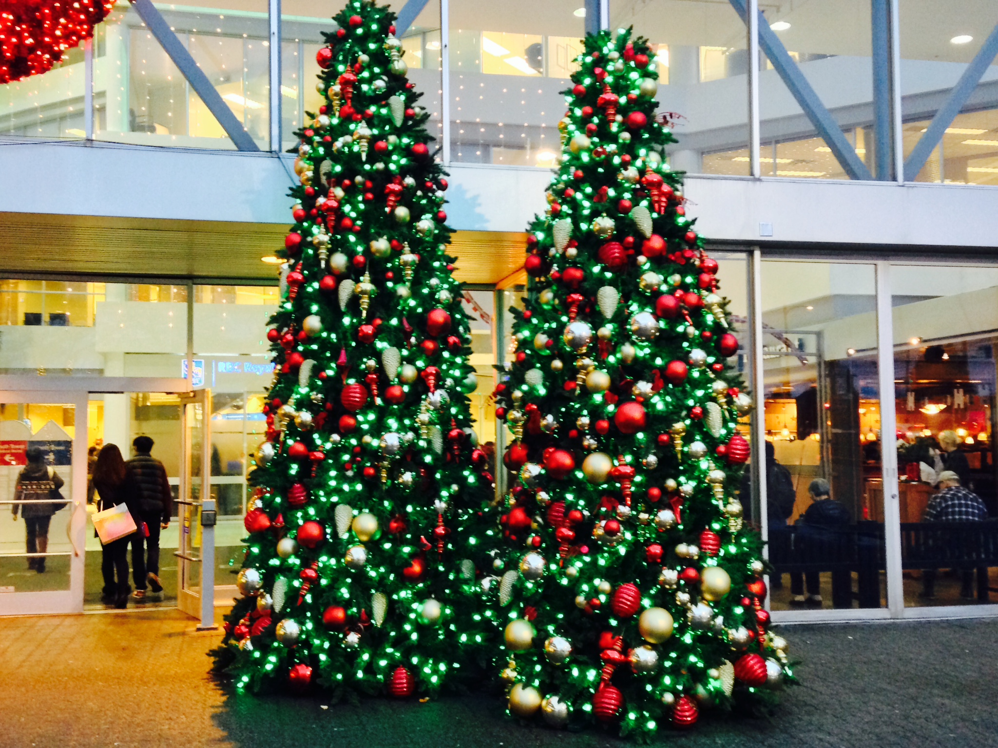 Commercial Christmas Tree.Get To Know Our Collection Of Commercial Christmas Trees